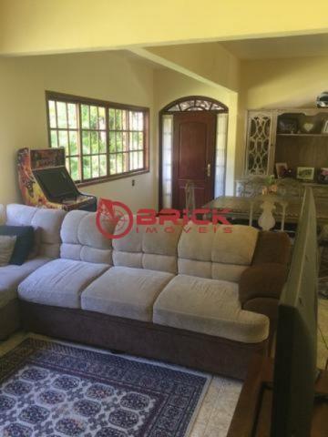 Ótima casa em condomínio com 4 quartos sendo 2 suítes em Guapimirim - Foto 3