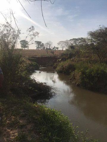 Chácara a 5 Km de Avelinópolis,10 km de Araçu - Foto 4