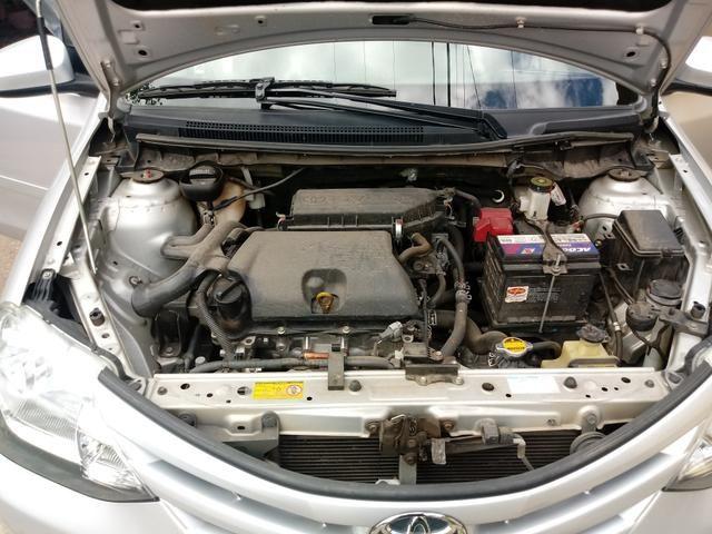 Toyota Etios hatch 1.3x prata 15/15 em Juiz de Fora -MG - Foto 11