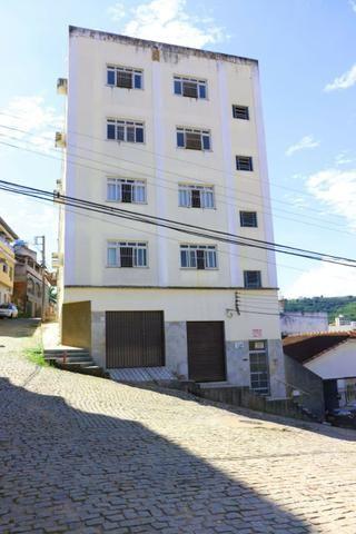 Apartamento com 4 dormitórios - São Silvano