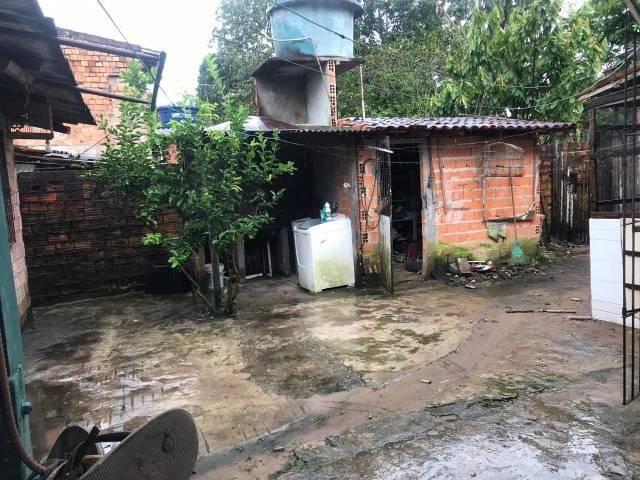 5 casas existente no local - Foto 6