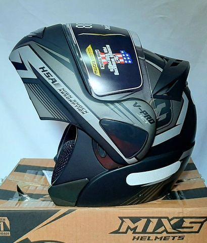 Brinquedos Capacete Moto Articulado com Naringueira Escamoteável Robocop Protork Jogos - Foto 2
