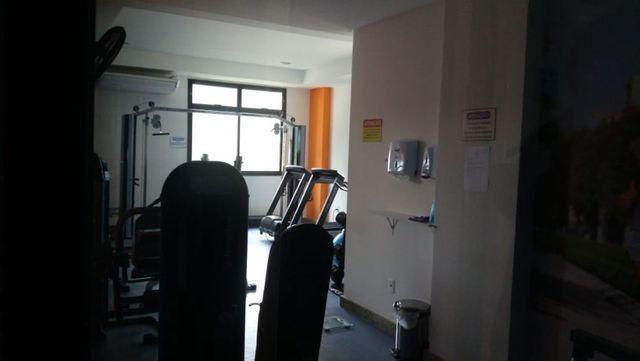 2/4 Suíte e varanda - Apartamento em Armação / Costa Azul / Stiep / Orla - Villa Di Mare - Foto 4