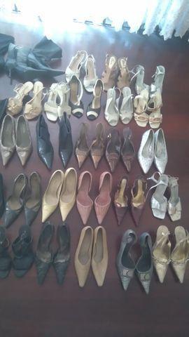 Sapatos e botas femininas todos número 34, troco por ferramentas - Foto 2