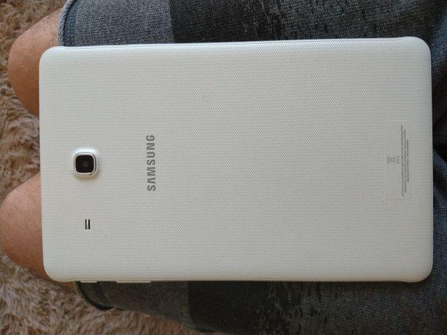 Tablet Samsung sem marcas de uso