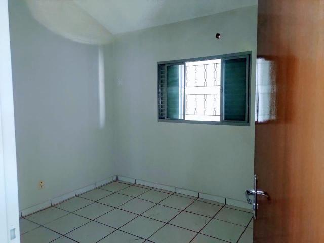 ÓTIMA OPORTUINIDADE - Casa de 3 quartos, Churrasqueira e piscina - AGENDE SUA VISITA. - Foto 8