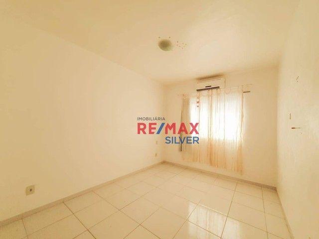 Apartamento com 3 Quartos em Itapuã - - Foto 12