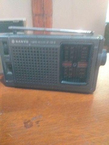 Lote de radios e gravador antigo, 4 peças  - Foto 6