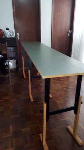 Mesa com 3 cavaletes. (particular) - Foto 2