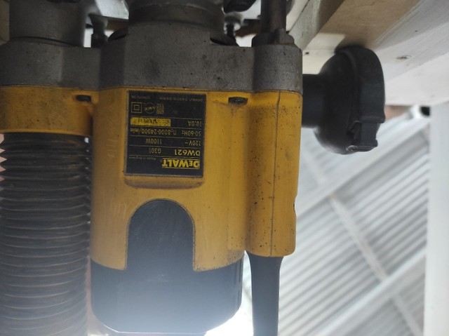 Tupia Eletrônica de Coluna 1.100 Watts DW621 - DeWalt 110v - Foto 4