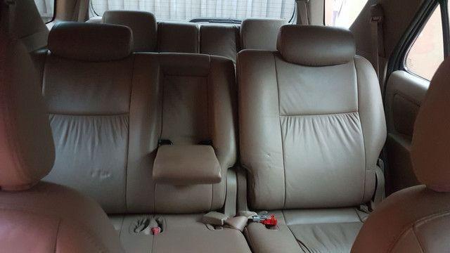 Toyota sw4 sr automática 7lugares multimídia  - Foto 4