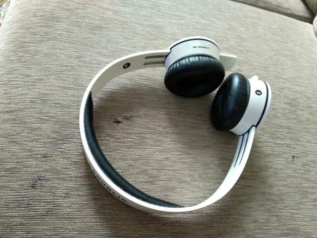 Fone de ouvido Bluetooth Sol Republic Motorola