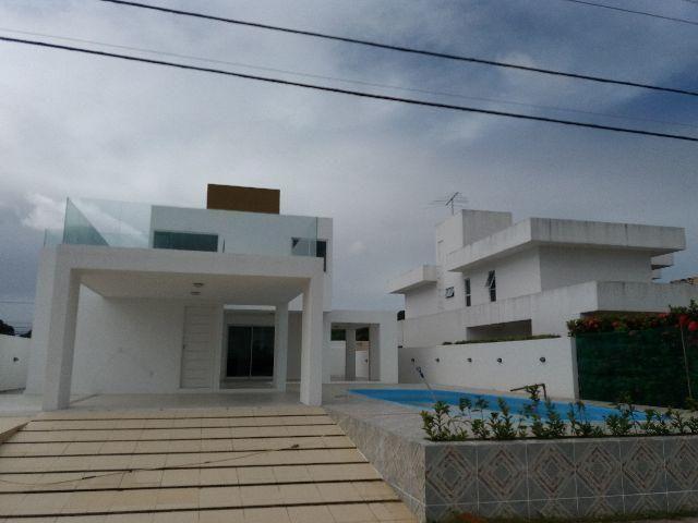 Excelente casa nova com 4/4 3 suítes,piscina