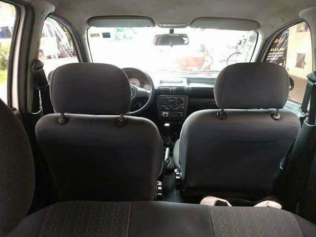GM Corsa Wind 1.0 2001 Branco 4 Portas Gasolina Básico