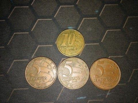 Moedas 10 Centavos 1999 E 5 Centavos 2000