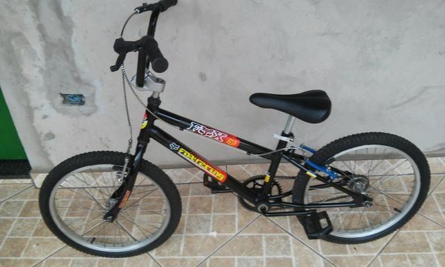 Bike Caloi CROSS FOX aro 20. Linda original