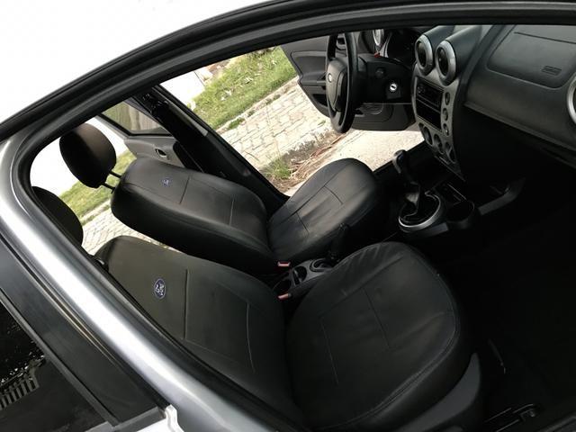 Fiesta Sedan 1.6 - 2014 _ 2 MIL de entrada _ Completo _ 62 km - Foto 10