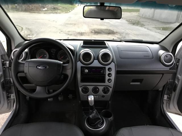 Fiesta Sedan 1.6 - 2014 _ 2 MIL de entrada _ Completo _ 62 km - Foto 6