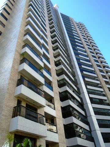 Ed. Terrasse, 169m2, 4 Suítes, Móveis Projetados, DCE, 3 Vagas e Lazer Completo