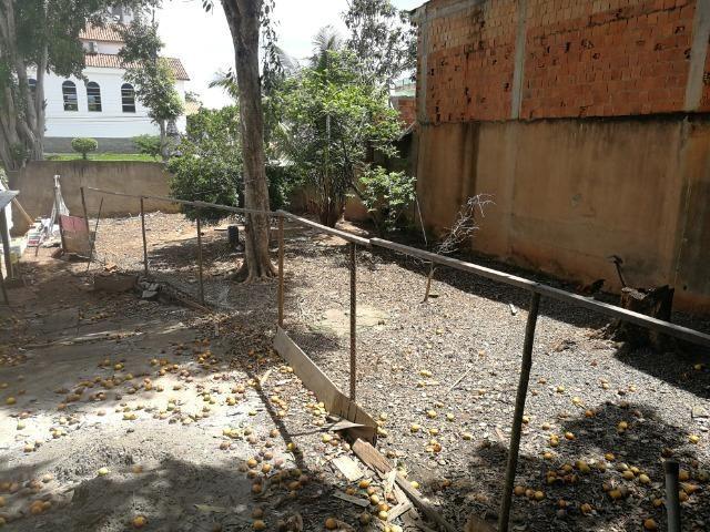 Lote/terreno 12x25, 300m² no Bairro Aeroporto próximo da Igreja N.S. Das Graças - Foto 8