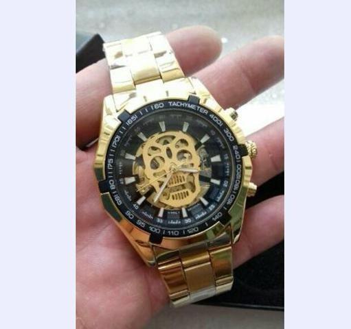 c5729e3cd91 Relógio winner masculino e feminino dourado original - Bijouterias ...