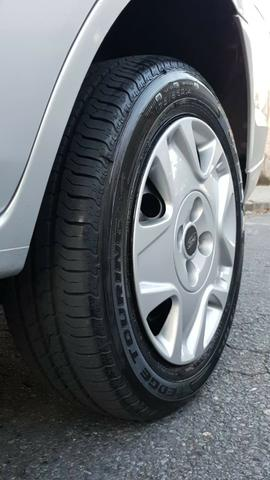Ford fiesta sedan class 1.6 2013 - Foto 12