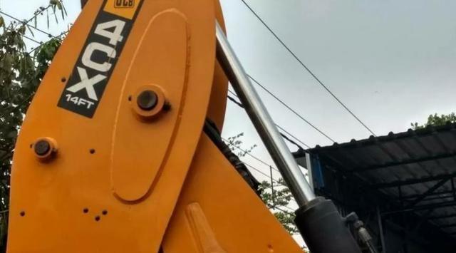 Retro Escavadeira Jcb 4cx14ft - Foto 4