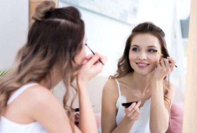 Curso de Maquiagem na Web! Com certificado! - Foto 4