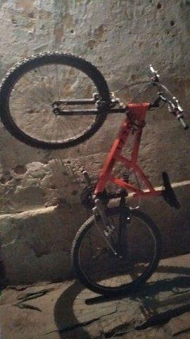 Uma bicicleta