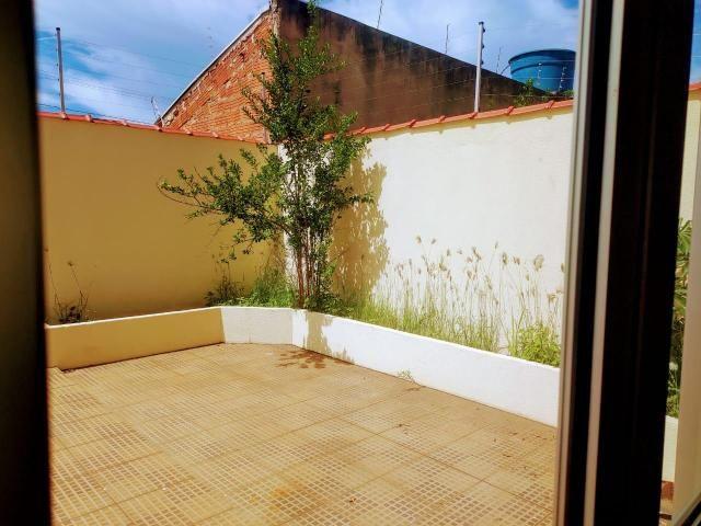 ÓTIMA OPORTUINIDADE - Casa de 3 quartos, Churrasqueira e piscina - AGENDE SUA VISITA. - Foto 9