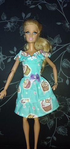 Roupa de barbie kit - Foto 4