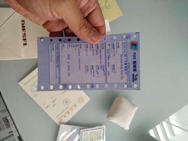 Vendo caixa, documentos e acessórios do relógio Diesel. - Foto 6