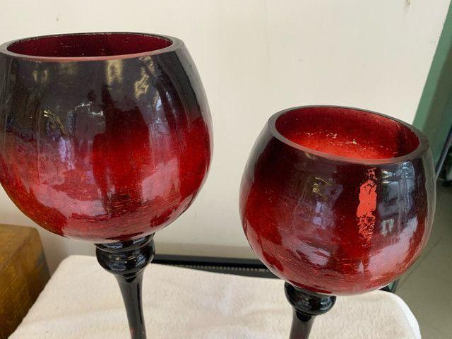 Castiçal de Vidro  vermelho-escuro , semi Novo - Foto 3