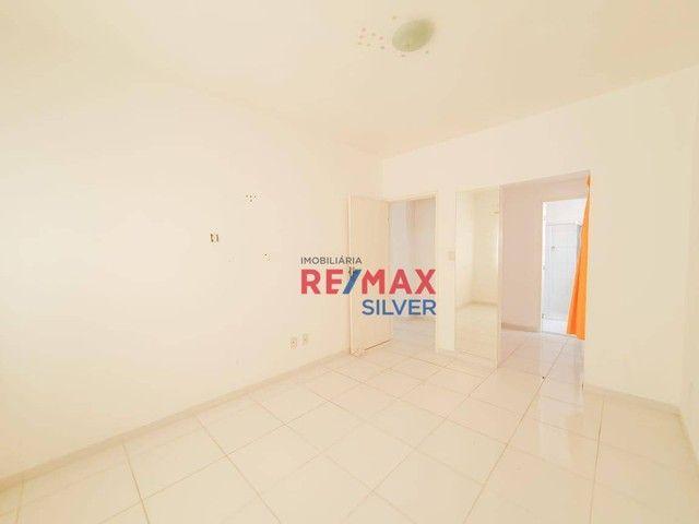 Apartamento com 3 Quartos em Itapuã - - Foto 15