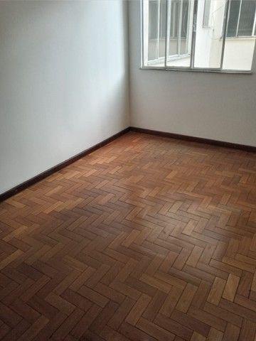 Apartamento três quartos - Foto 11
