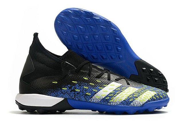 Chuteira Adidas Predator Freak TF