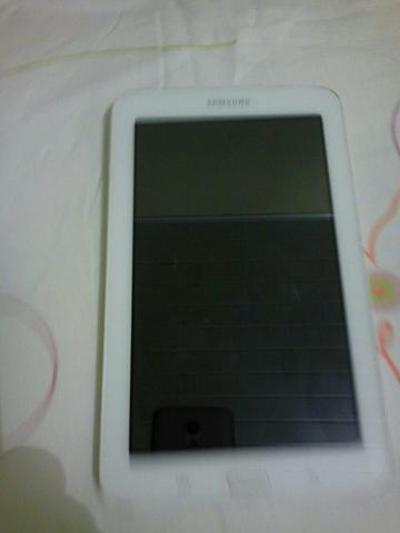 Tablet sansung galaxy 3 LITE SMT 110