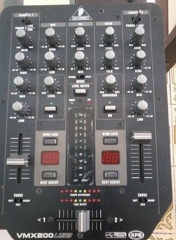 Mix Behringer Pro VMX 200 USB