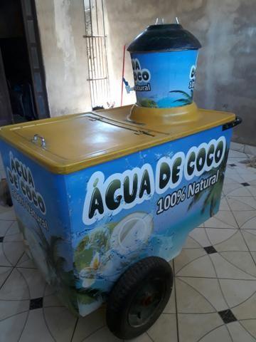 Carrinho de agua de coco