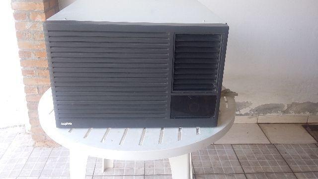 Ar condicionado marca Sanyo - 10500 btus