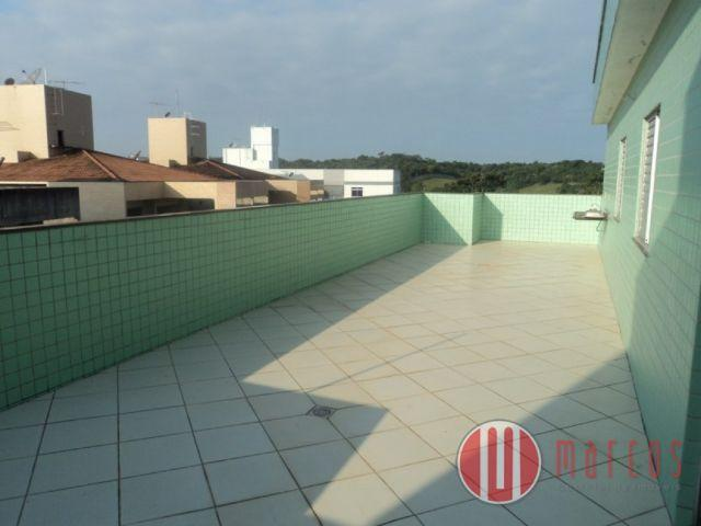 Cobertura linear com 3 quartos na Praia do Morro