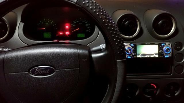 Fiesta 1.0 2004 + acessórios (carro completo) - Foto 5