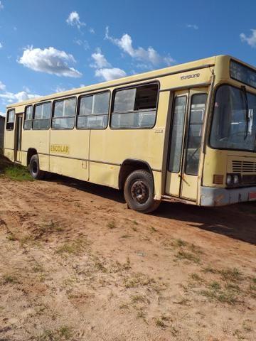 Vendo ônibus negociável