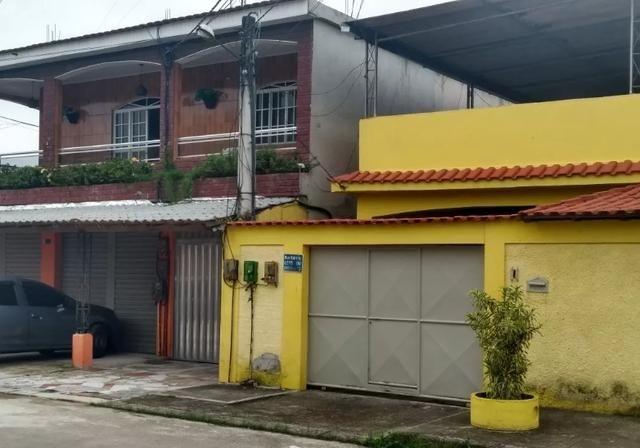 Condomínio fechado 4 casas