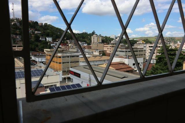 Apartamento com 4 dormitórios - São Silvano - Foto 19