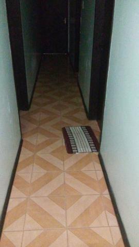 Alugo quarto mobiliado p rapas - Foto 4