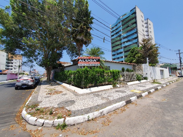 Excelente casa de 5/4 com 4 suites próxima ao Emec , FAT, Hotel Acalanto e Banco do Brasil - Foto 17