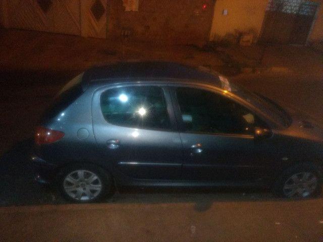 Vende-se um Peugeot completo - Foto 4