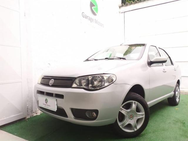 Fiat Siena HLX 1.8 8V (Flex)