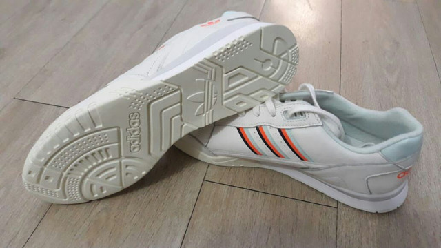 Tênis Adidas original - Foto 2